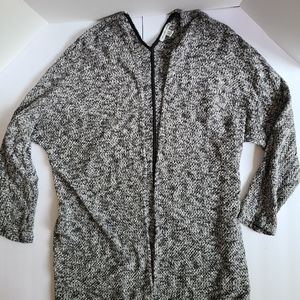 American Eagle XL Black and White long sleeve vback cardigan sweater winter